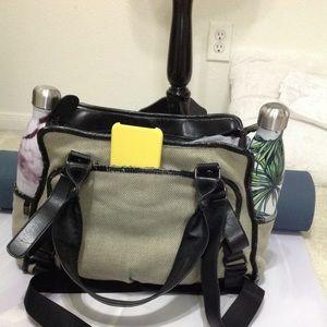 Lululemon gym satchel bag